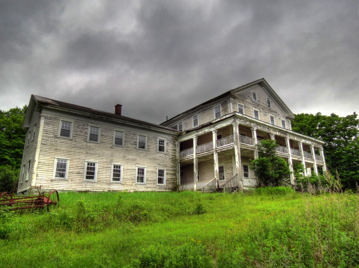 "The Catskills Mountains ""Borscht Belt"": Here and Gone, Part I"